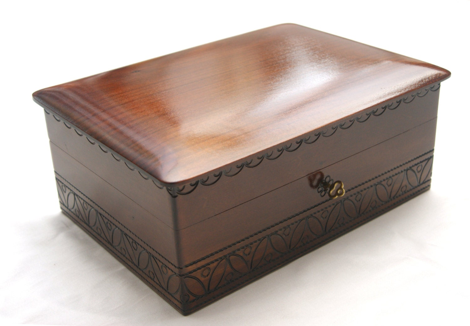 Wooden jewelry box brown wood box wooden jewellery box for Jewelry box made of wood
