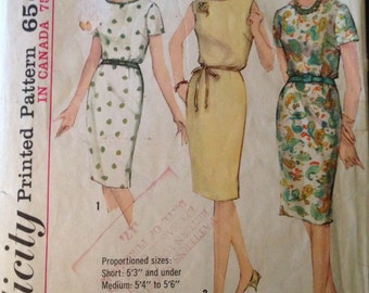 Simplicity 5355 - 1960s One Piece Dress with Scooped Neckline, Slim Skirt, and Short Sleeves or Sleeveless Option - Size 16 Bust 36