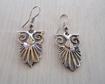 Owl earrings silver |Owl earrings etsy |Wisdom symbol earring |Unique owl accessory |Symbol accessorize owl earring |Owl drop dangle earring