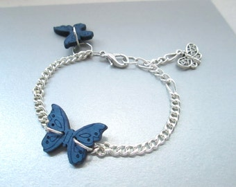Blue butterfly charm bracelet, Boho jewelry, dainty bracelet, minimalistic jewelry, silver butterfly, simple, elegant, minimalistic bracelet