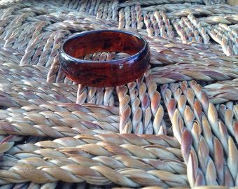 Bakelite bracelets, black and Golden or brown