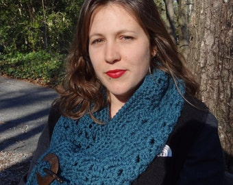 Teal Shawl Made With Chunky Yarn