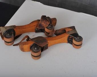 Antigue Roller Skates
