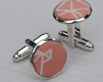 "Cufflinks ""La Minutieuse"", pink cufflinks, Cufflinks reasons birds, buttons cufflink reasons origami"