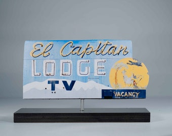 El Capitan Lodge neon sign photo / motel sign / vintage motel sign / roadside art / retro motel sign / neon sign photo / retro sign