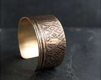 Etched Brass Wide Cuff Bracelet - Dark Gold Brass, Black Oxidized Patina, Tribal Tapestry, Metalwork Boho Jewellery