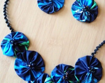 Yo-Yo Motif Blue/Green Necklace/Earrings Set