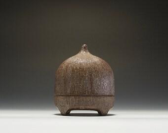 Handmade Ceramic Hobbit Box | Gnome Box | Stash Box 16-009