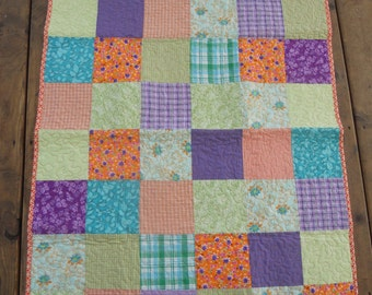 Summer Days Baby or Toddler Quilt