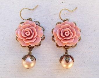 Blush Earrings/Flower Earrings/Pearl Earrings/Blush Pink Earrings/Rustic Wedding Earrings/Dusty Rose Earrings/Mauve Earrings/Pink Earrings