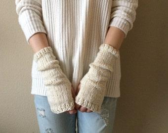 Cream Wrist Warmers, Fingerless Gloves / Off-White Ivory Knitted Commuter Mitts / Vegan Yarn