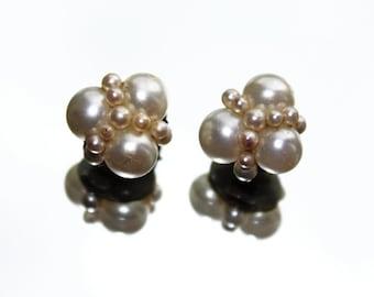 Faux Pearls Cluster Vintage Clip On Earrings (c1950s) - Wedding