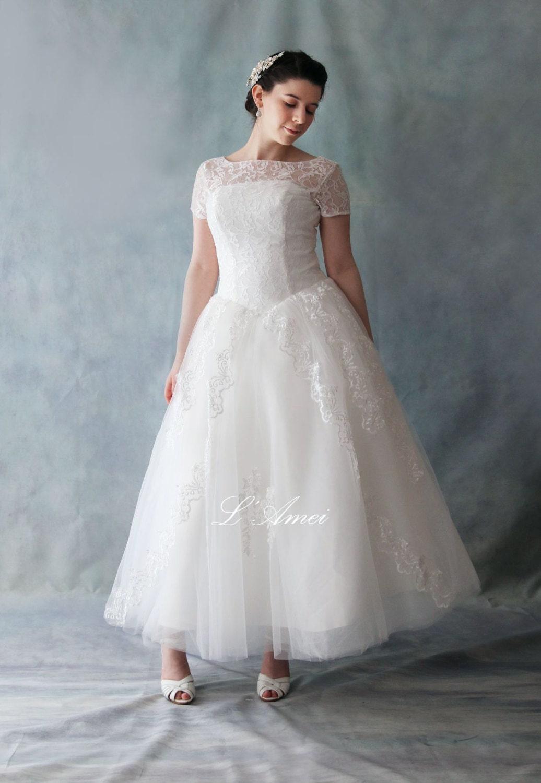 Retro 50 s Vintage Style Tea Length Lace Wedding Dress