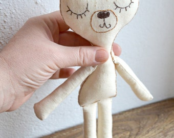 Personnalized Bear plush/Embroidered Stuffed toy/Gift for baby/Ecofriendly cotton/Baby shower gift/made to order /fiber art /name embroidery