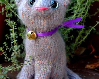 Lilac kitten