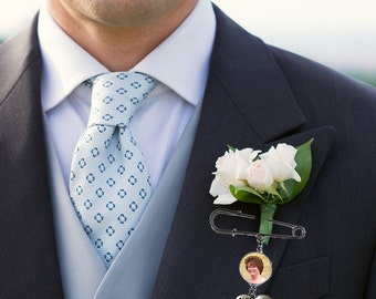 Lapel Pin- Boutonniere Charm- Photo Memorial Charm- Boutonniere Pin- Groom Keepsake- Boutineer Charm- Groom Gift- Memorial Photo Stick Pin