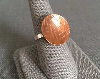 Concave Copper Ring - Size 7 - Etched Copper Ring - Etched Metal - Modern Ring - Copper Statement Ring - Copper and Silver - Patterned Ring