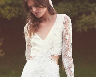 "Bohemian Wedding Dress Backless Gown Long Sleeves Lace Dress Crochet Lace Wedding Gown - ""Brit"""