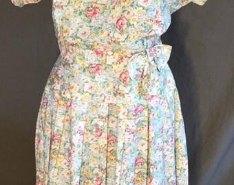Plus size 80's Vintage Floral  Dress