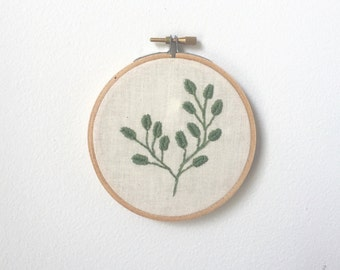 Botanical Embroiderey Leaves 4 Inch Hoop