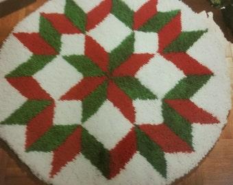 Latch Hook Geometric Star Christmas Tree Skirt Kit By National Yarn Crafts CH877
