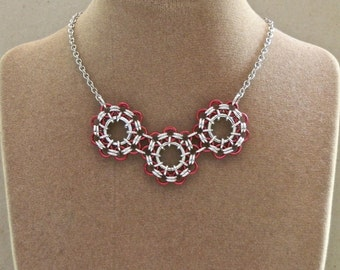 Necklace, Chainmaille Triple Circle Pendant in Red and Silver