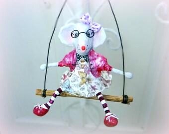 MOUSE white papier-mâché eyeglasses