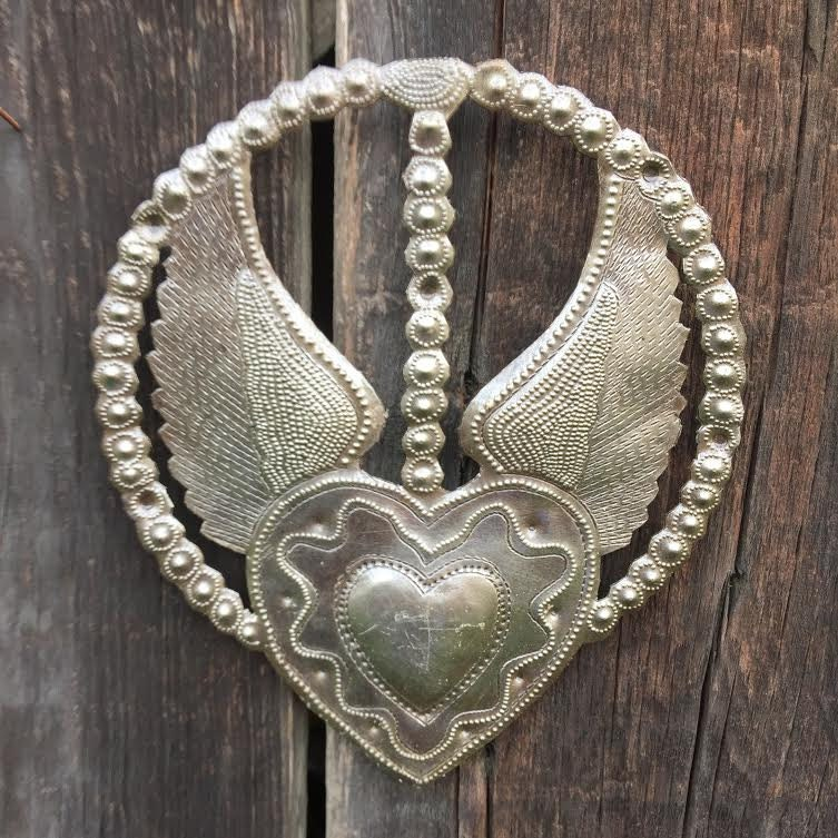 religious home d 233 cor rosary heart with wings devotional