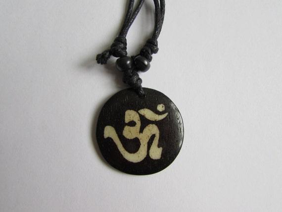 Adjustable Wax cord Om Ohm Aum Namaste Yak bone necklace handmade hand carved Unisex Tribal bone beads Yoga Yogi Free UK Delivery G2D3