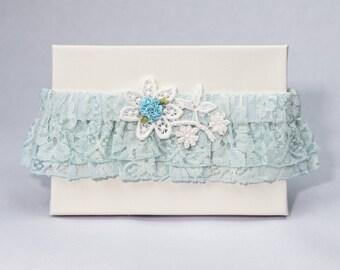 Garter 027 - Vintage Garter, Lace Garter, Wedding Garter, Liga de Bodas, Garter, Toss Garter. Made with a variety of laces & materials.