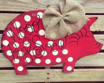 Razorback Door Hanger, Piggy Door Hanger, Arkansas Door Hanger, Arkansas Razorback Door Hanger, Pig Door Hanger, Wooo Pig Sooie