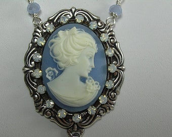 Large Victorian Lady Cameo Necklace