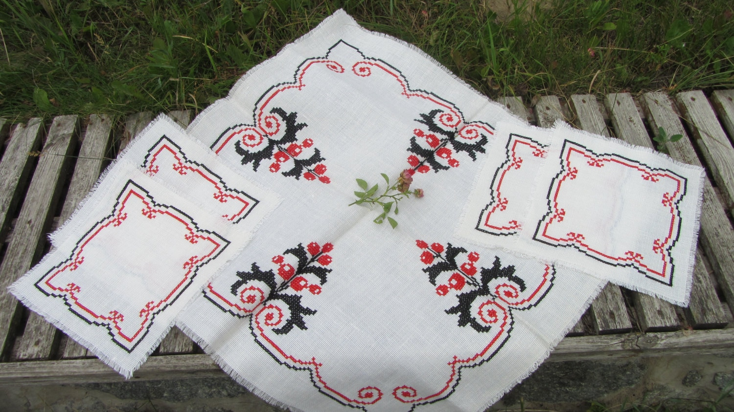 Vintage Handmade TableCloth Cross Stitch, Needlepoint, with diametrical ornament