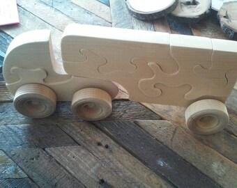 Push Semi Truck and trailer puzzle