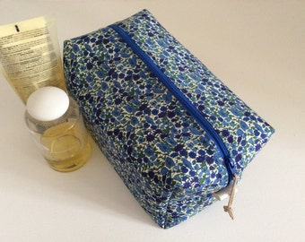 Handmade Liberty washbag, toiletry bag, travel bag, cosmetics , makeup bag with waterproof lining, sponge bag.