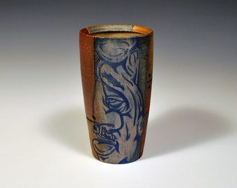 Tumbler with Blue and White face