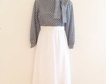 Vintage David Warren navy and white polka dot women's dress. Women's size 6 vintage dress.