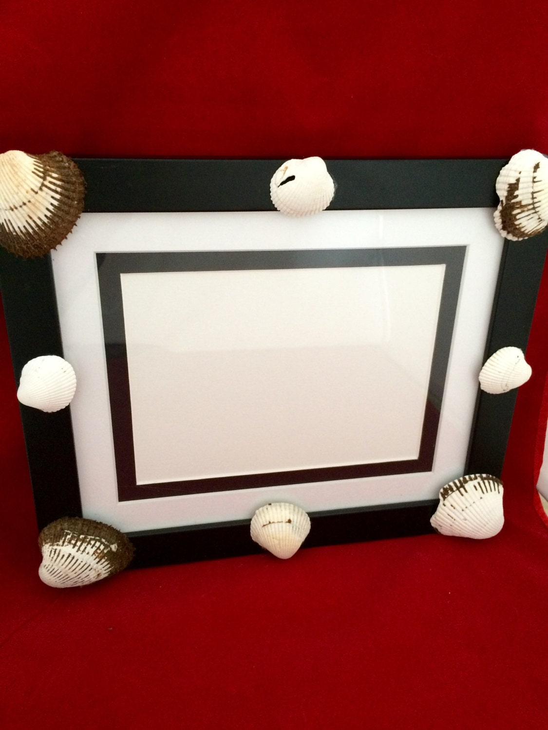 Shell Photo Frame For 5 X 7 Inch Picture With Hand