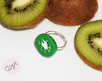 Ring adjustable kiwi in fimo, ring, kiwi slice, jewel kiwi fimo, available in two different models, rings fanciful fimo