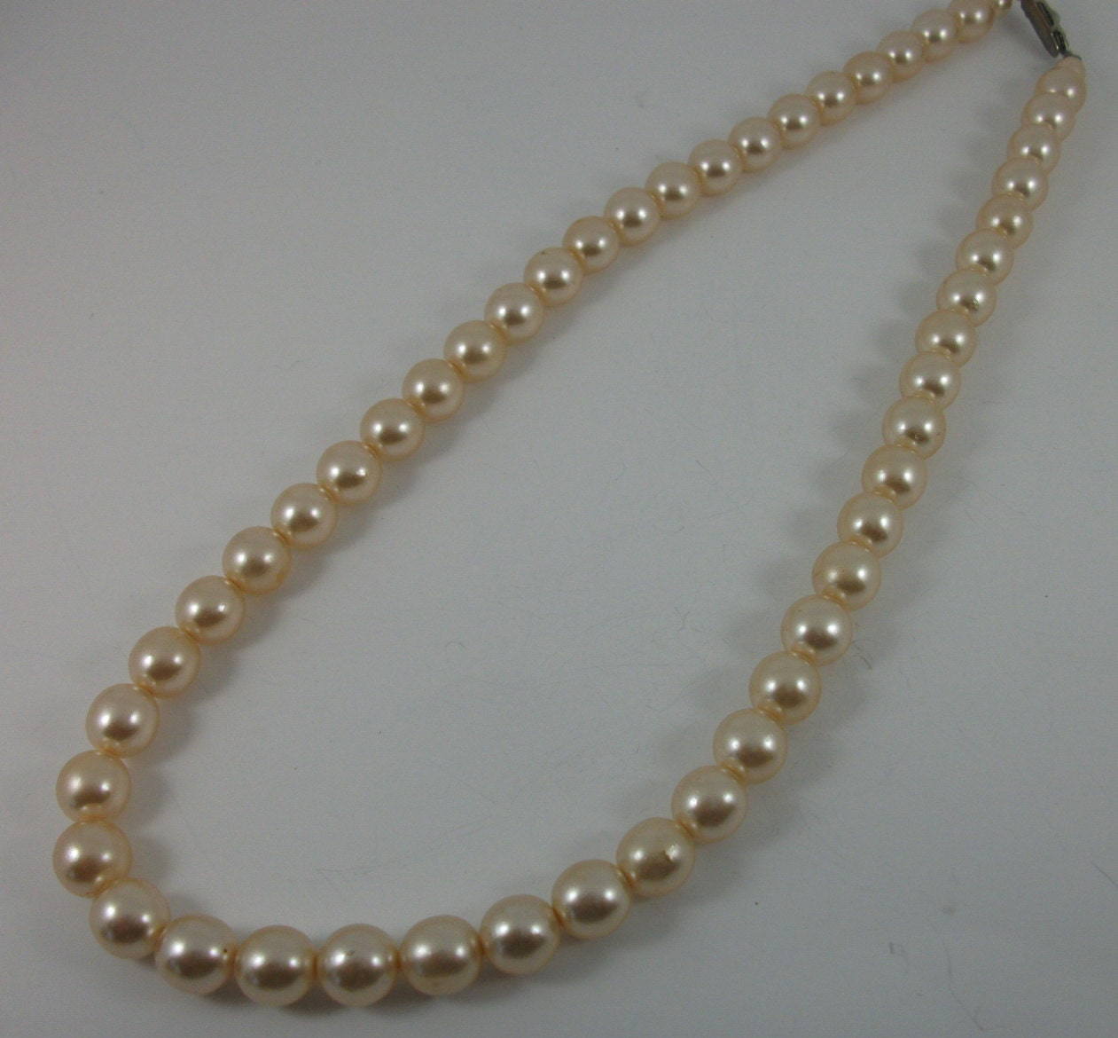 Pearl Necklace Clasps: Vintage Pearl Necklace Rhinestone Clasp Ivory Pearls Short