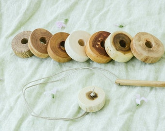 Wood Lacing Toy - Waldorf toy - Wooden Toy - Montessori Toy