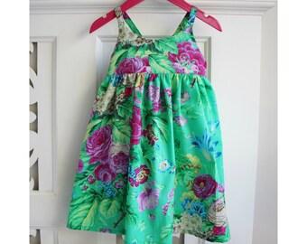 Toddler Girls Dress Size 1 & 3 Hummingbird Dress / Green Floral Dress / babies clothing / Summer Dress Baby Dress /  sun dress