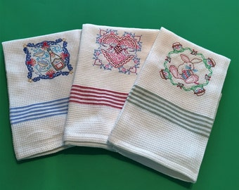 3 Holiday Tea Towels REDUCED