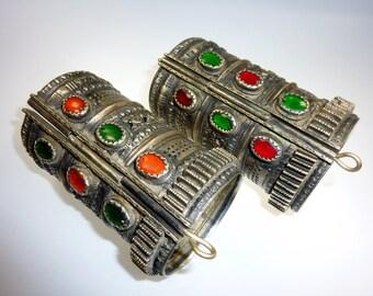 Big Kuchi Tribal Bracelet, Brass with Coloured Glasstones, Vintage