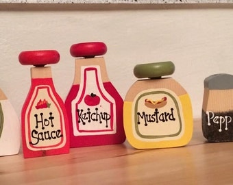 Pretend Food Condiment Set