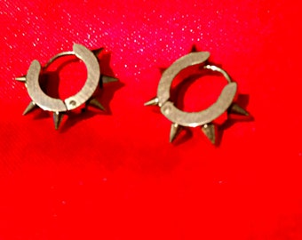 silver stainless steel spiked rivet punk rock metal stud earrings