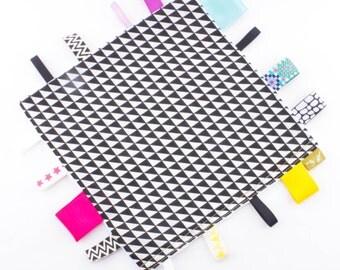 Taggie Sensory Blanket Comforter MONOCHROME 30x30cm