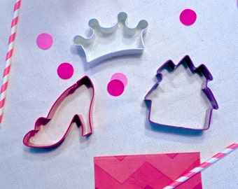 Princess Cookie Cutter - metal - Cookie Cutters - your choice