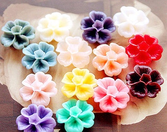 10pcs Colorful Resin Flowers Cabochons 14mm Resin Garden Flowers Cameo Flat Back rf41