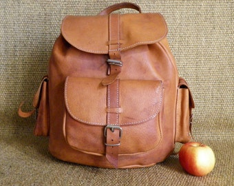 Vintage Raw Tan Brown Leather Medium Size Drawstring Backpack Rucksack